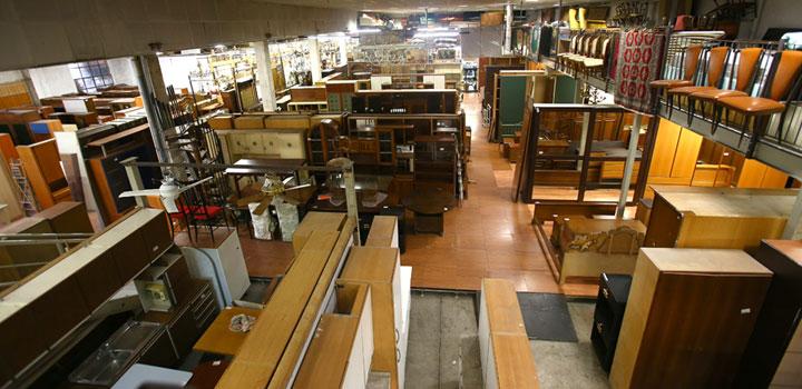 Mercato di mobili usati milano for Arredamento negozi milano